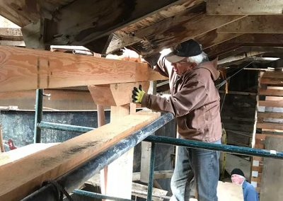 Fitting columns to beams